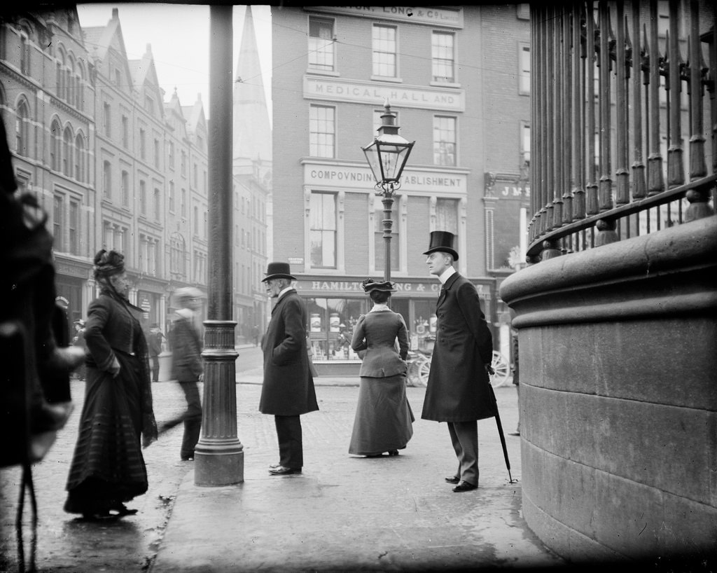 J.J. Clarke, at the corner of Nassau Street and Grafton Street, Dublin, National Library of Ireland